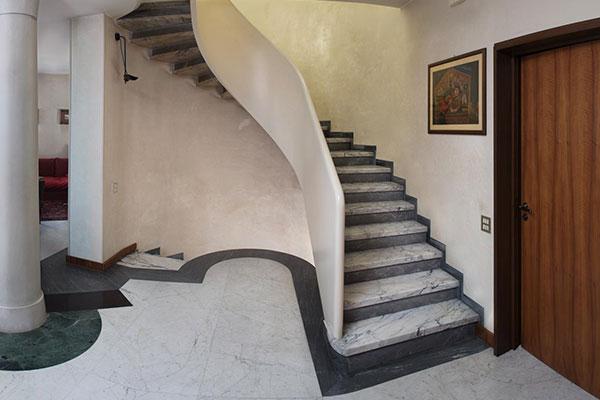 Piccinini Marmi Scale